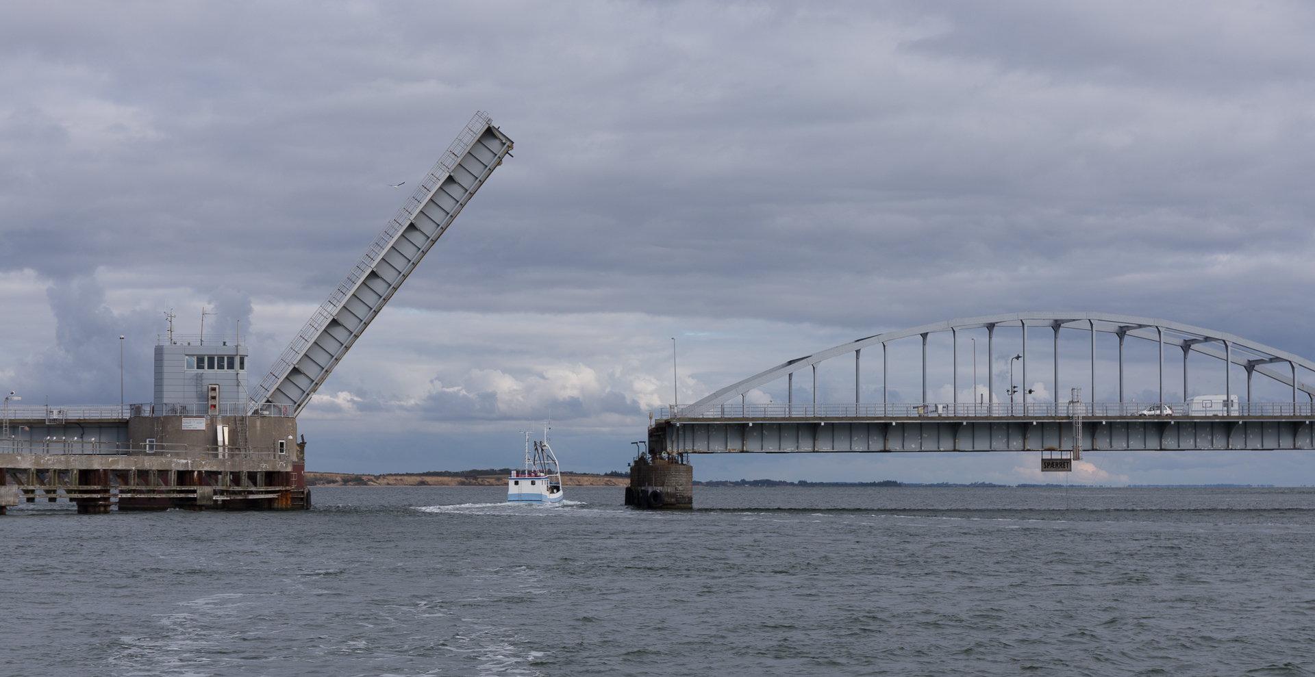 Oddesundbroen fra øst mod vest